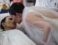Умирающий от рака житель Филиппин сыграл свадьбу за несколько часов до смерти