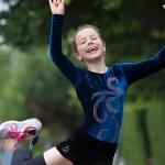 Девочка потеряла ногу из-за рака, но продолжает жить полноценной жизнью