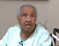 111-летняя бабуля получила школьный аттестат