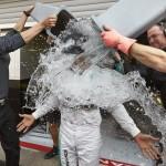 Десять фактов о флешмобе Ice Bucket Challenge