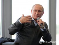Путин поддержал идею об уроках понимания инвалидности в школах России