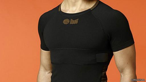 Одежду фирмы OMsignal можно регулярно стирать без ущерба для сенсоров, вшитых в ткань