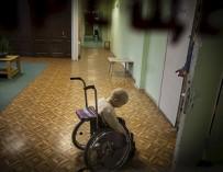 Насилие, отсутствие заботы, изолированность: доклад о жизни детей-инвалидов в России