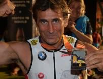 Занарди принял участие в триатлоне Ironman