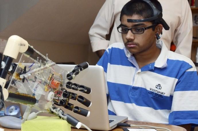 Teens Robot Hand