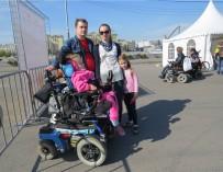 Девочку-инвалида не пустили в самолет в аэропорту Шереметьево