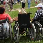 Медведев пообещал продолжить бюджетную поддержку организаций инвалидов