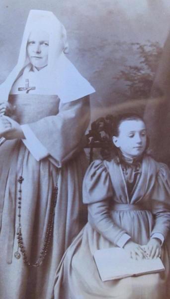 Мари Эртен и сестра Маргарита