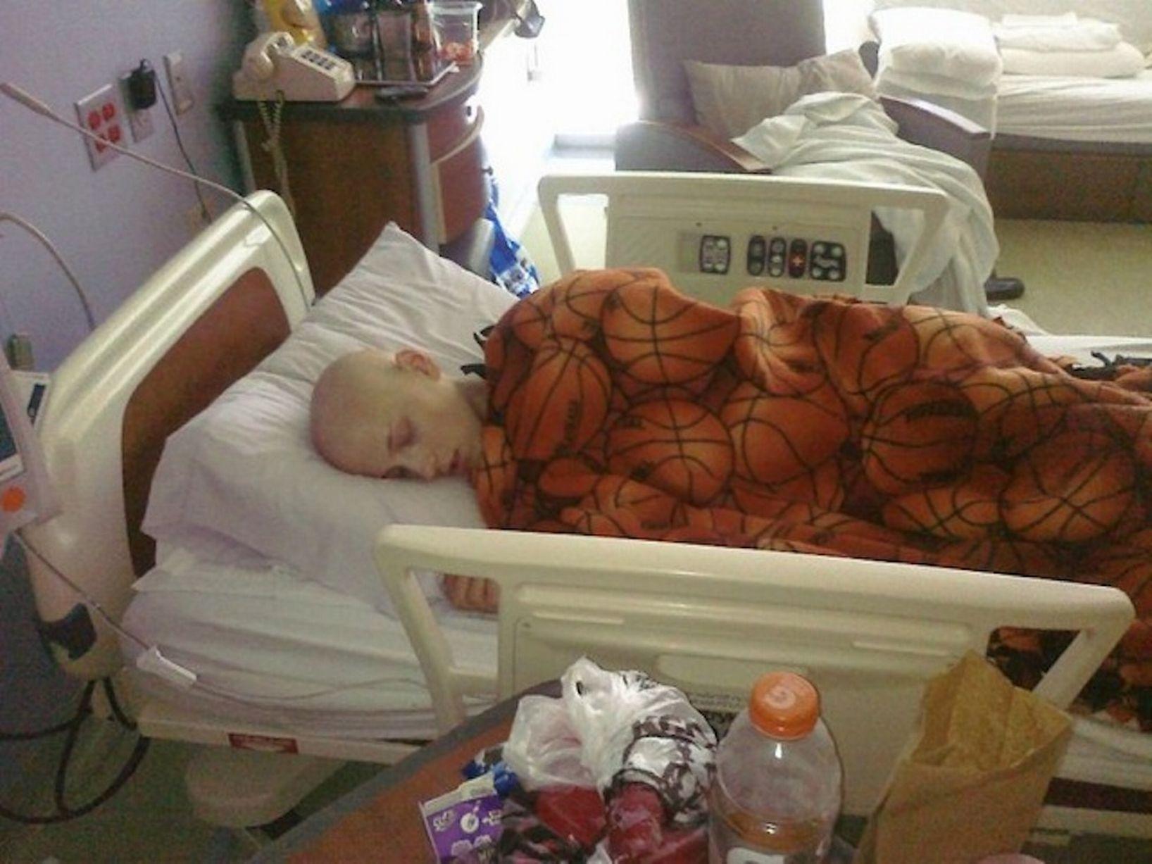 Худую девочку раком 10 фотография