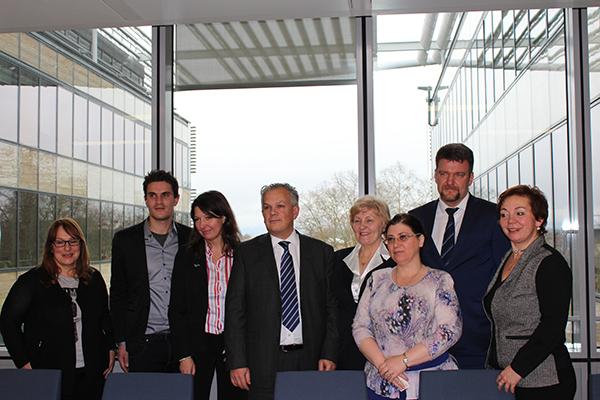Российская делегация в Страсбурге с французскими  коллегами по «Абилимпикс». Фото Ирины Мироновой