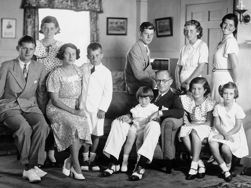 family and john John gavin family photos with daughter and wife constance towers 2018   real name : john gavin born : 8 april 1931 died : 9 februa.