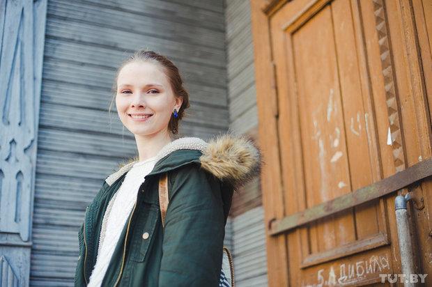 1_1_yarivanovich_gomel_glukhaya_aktrisa_yana_novikova