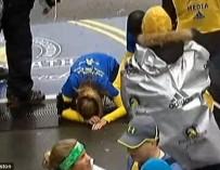 Американка, лишившаяся ноги, пробежала всю дистанцию Бостонского марафона