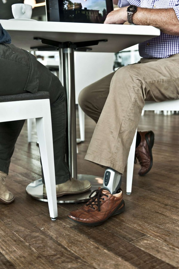 proprio_foot_sitting_at_table_photo_courtesy_of_ossur