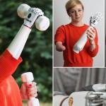 Первые миниатюрные бионические руки примерили женщина и подросток