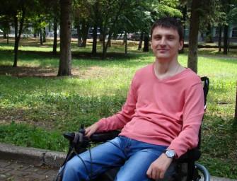 Колясочник Александр Востриков попытается получить место в орловском горсовете