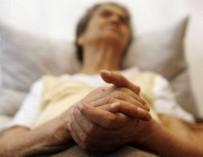 Парализованные люди смогли начать двигать ногами без операции