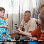 Счастье, когда все дома: в Ивацевичах семья инвалидов добилась права воспитывать родного ребенка