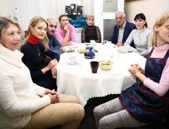 Наталья Водянова пригласила директора «Фламинго» на чай
