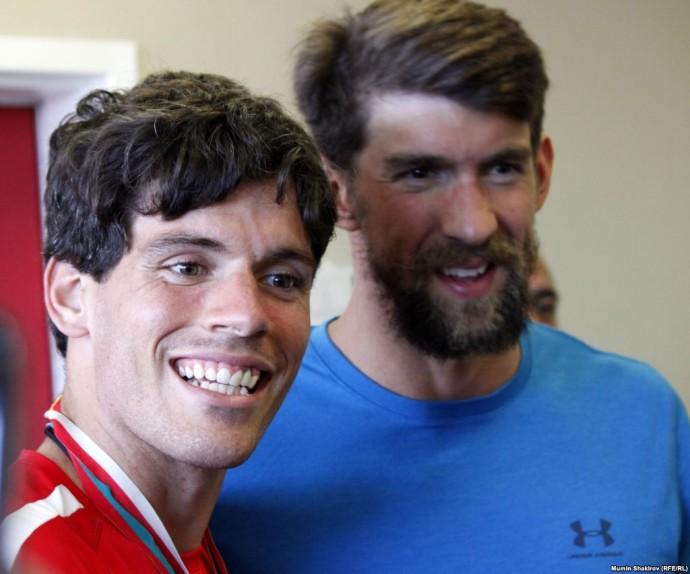 Майкл Фелпс, 18-кратный чемпион Олимпийских игр по плаванию, гость Спецолимпиады.