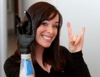 На неделе моды в Нью-Йорке появится модель с бионической рукой