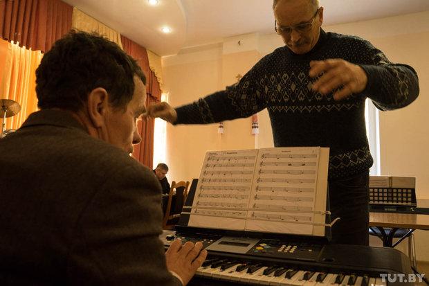 orkestr_20151012_phsl_vmich_tutby-3