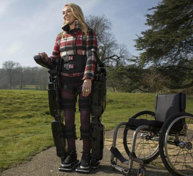 Пациенты, использующие стентрод, смогут ходить с помощью экзоскелетов (фото Rex Bionics).