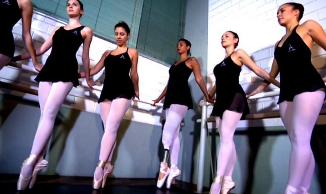 Балерине пристает учитель фото 417-389