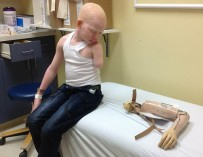 Обреченные на смерть и увечья: почему родители готовы убить собственных детей-альбиносов