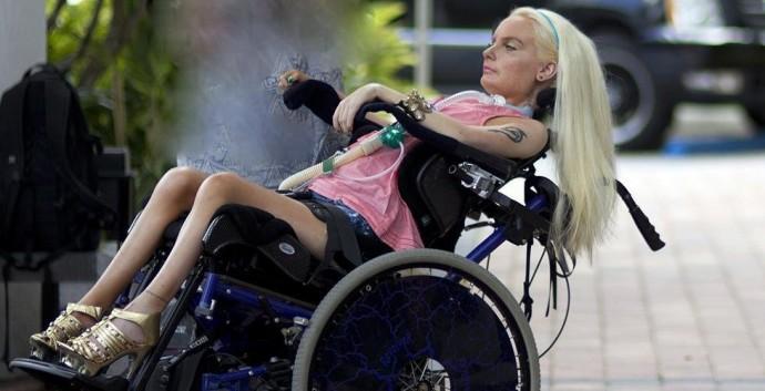 IS 20120418 Neliraajahalvaantuneen Jasmin Koskirannan matka Miamiin. Kuva Pete Aarre-Ahtio