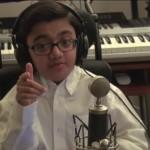 Мальчик-инвалид стал звездой интернета, спев кавер на песню Эминема