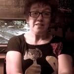 Пользователи «Двача» поддержали видеоблог женщины-инвалида из Казахстана
