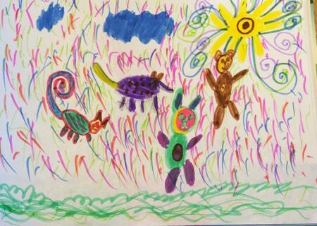 Настя обожает рисовать волшебных животных