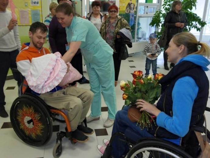 Год назад новость о том, что в семье инвалидов родилась здоровая девочка, облетела всю страну.