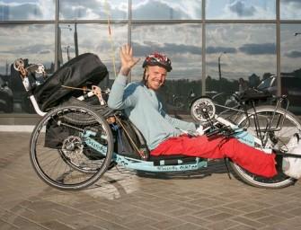 Мечта. Колясочник из Беларуси в одиночку отправляется в путешествие по Европе на ручном байке