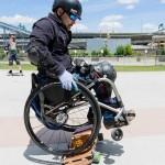 Инвалид — колясочник стал скейтбордистом