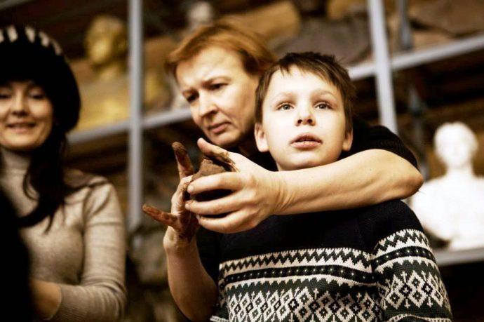 © Sputnik/ из архива И. Дергач Для детей с аутизмом очень важно бывать на людях, поэтому Ирина с Тимуром часто участвуют в разных мероприятиях.