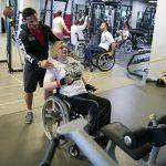 Фитнес-тренировка для людей с инвалидностью прошла в Москве