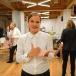 Термины современного искусства перевели на язык глухих