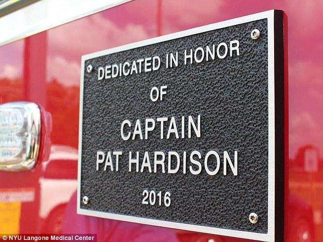 На этой станции установили табличку в его честь.