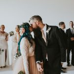 Чудеса случаются: парализованная невеста встала и пошла к алтарю, растрогав жениха и гостей до слез