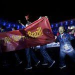 Делегация Китая благодарит Рио-де-Жанейро за проведение Паралимпиады-2016 на церемонии закрытия Игр