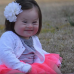 Мама малышки с синдромом Дауна пишет врачу, который советовал ей сделать аборт
