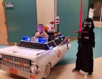 Американец превратил инвалидную коляску сына в авто «Охотников за привидениями»
