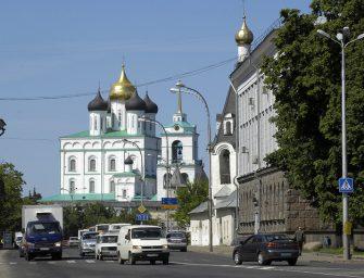 «Работы много, но я разберусь»: чьи права защитит депутат-колясочник в Пскове