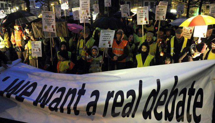 Акция протеста против введения эвтаназии для детей в Бельгии, 11 февраля 2014 года Фото: Laurent Dubrule / Reuters / Scanpix / LETA