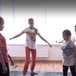Хореограф и слепая девочка открывают на Урале школу танцев для незрячих детей