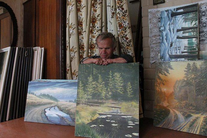 Желаю вам вглядываться в картины Виктора не на фотографиях, а на в выставочных залах.