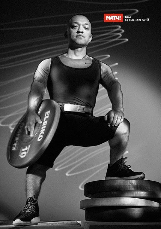 Владимир Балынец Серебряный призёр Паралимпийских игр по пауэрлифтингу спорта лиц с поражением опорно-двигательного аппарата.