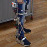 Красноярец собрал протез, способный повторять движение ног